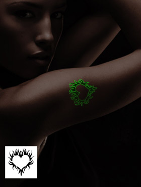 """Glow in the Dark"" Fun-Tattoo"